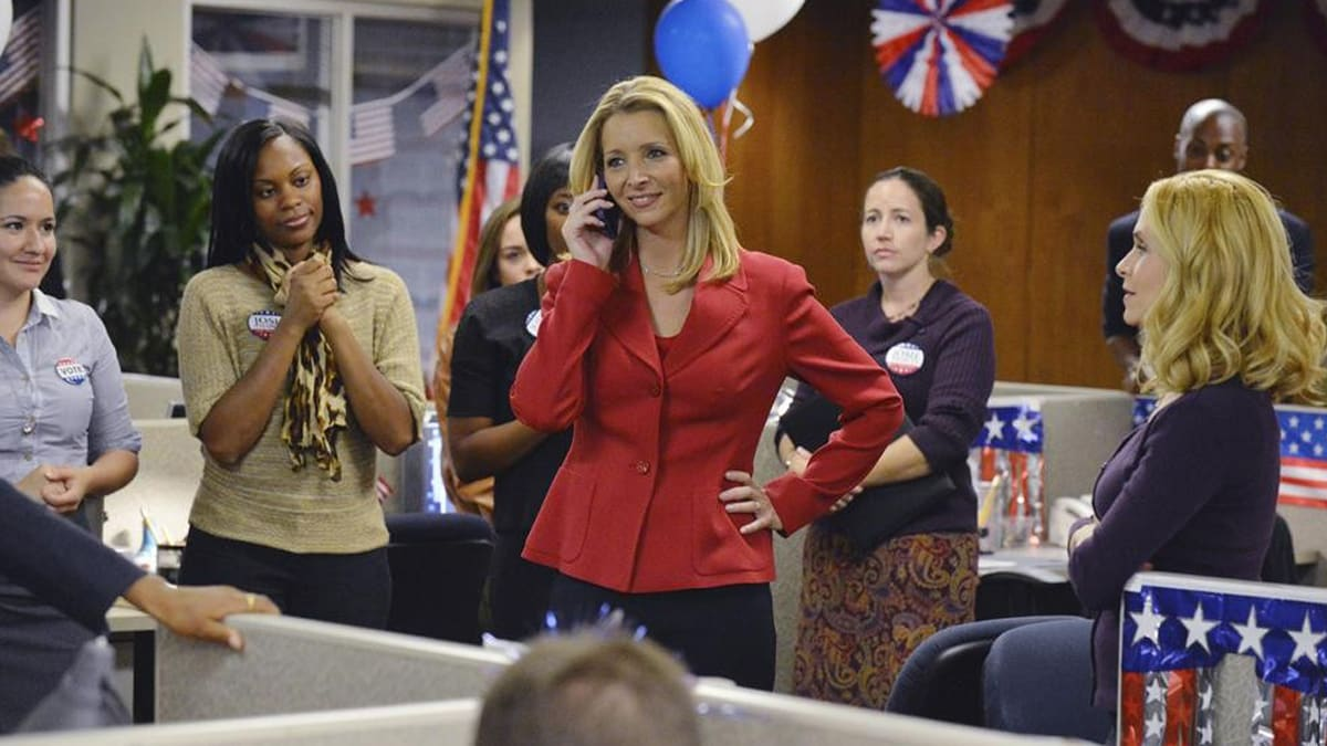 Scandal's Lisa Kudrow on Sexism in Politics (and That Epic Rant)