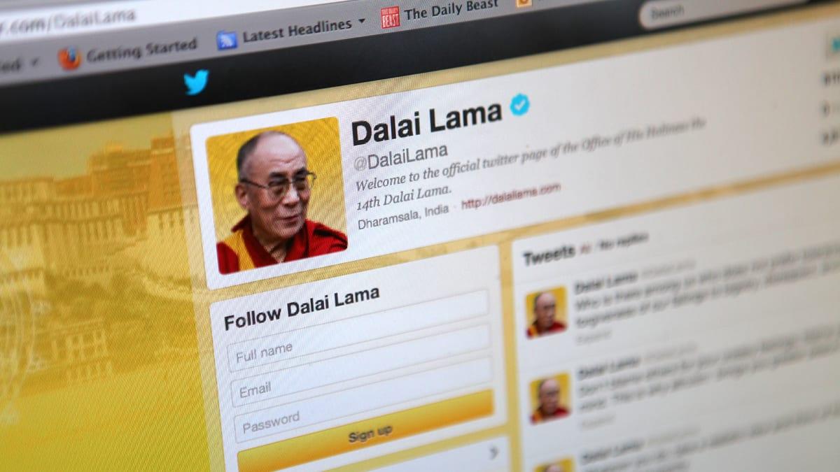Dalai Lama, Twitter Rock Star: The Virtual Influence of His