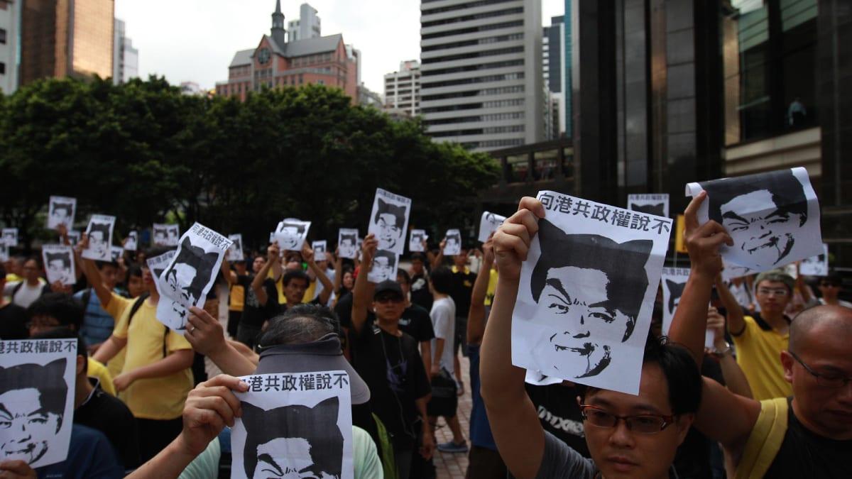 Ignoring social distancing, protesters mock Hong Kong