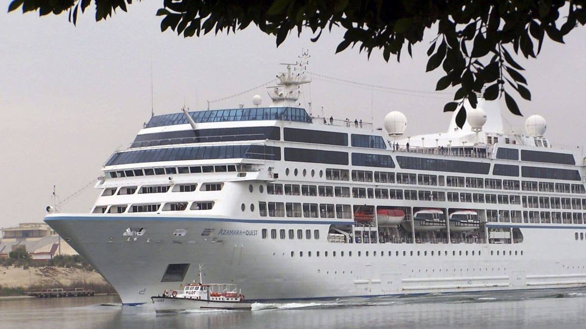 Power Restored To Stranded Cruise Ship The Daily Beast - Stranded cruise ship