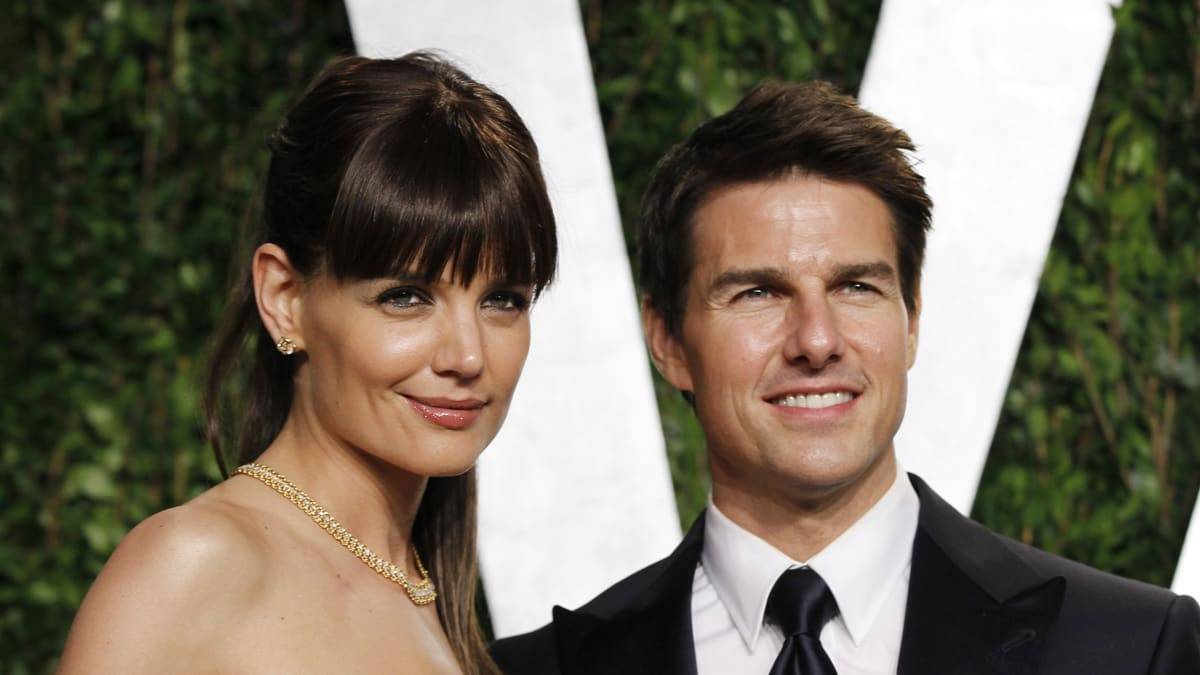 Who is tom cruise dating since his divorce