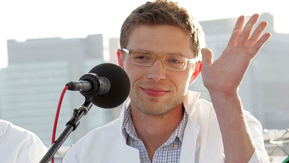 Jayson Blair Reflects on Jonah Lehrer\'s Journalistic Sins—And His Own