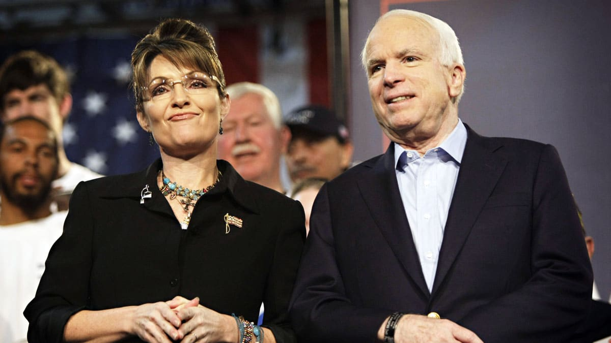 It's Time for Mitt Romney to Invite Sarah Palin to Speak at GOP Convention