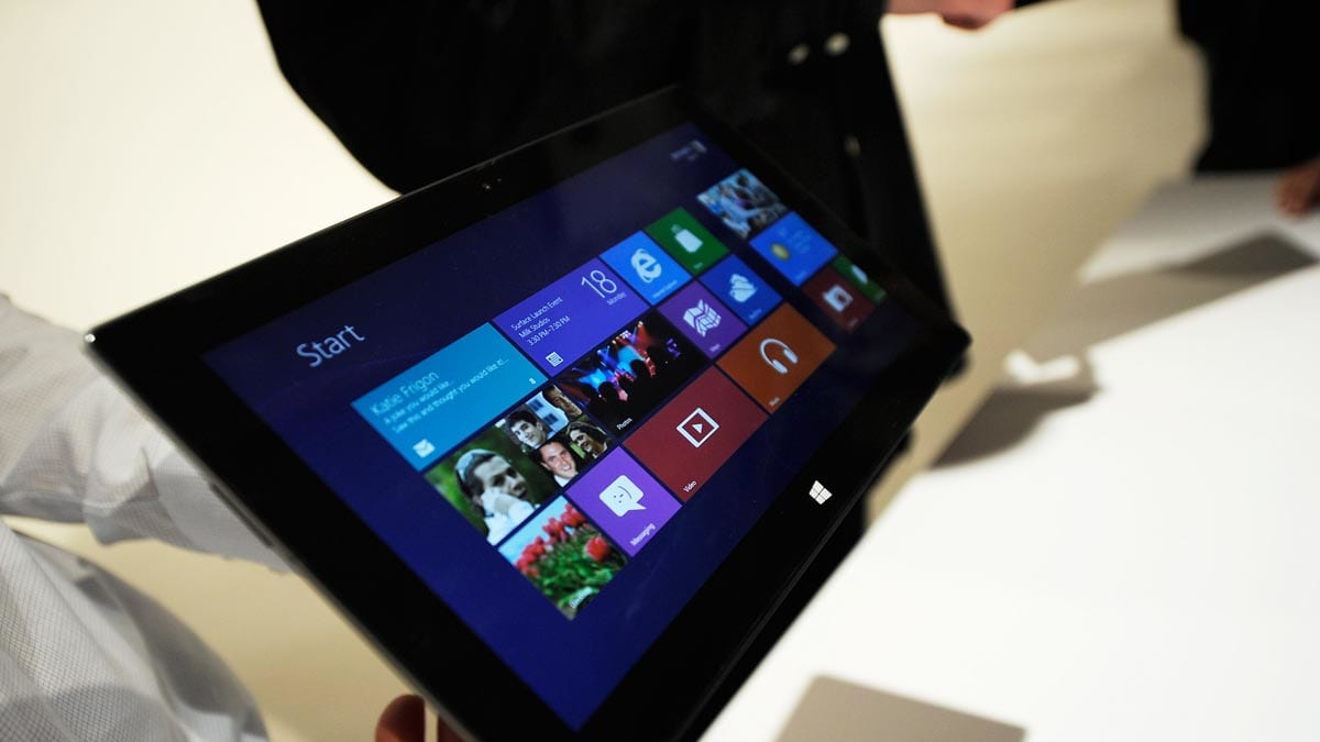 microsoft-tablet-surface-tease_uccqkn (1200×675)