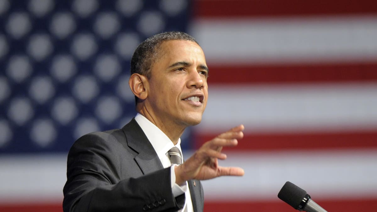 obama pushes for new internet privacy law to protect consumers