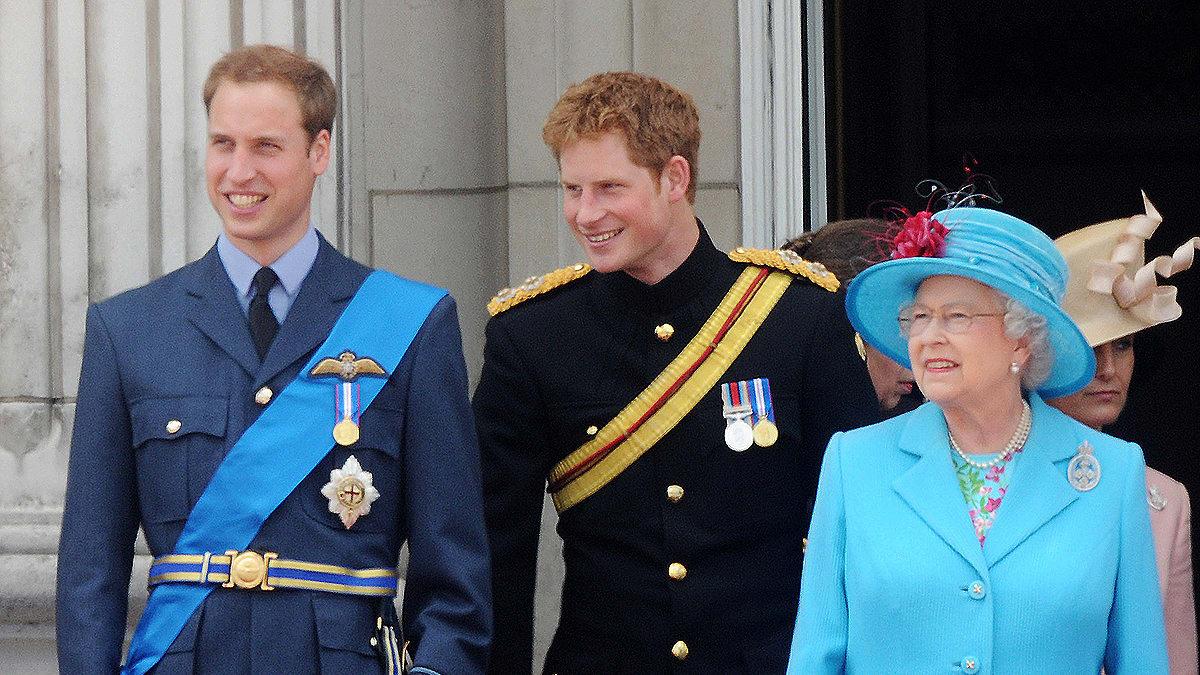 Rezultati i imazhit për the queen with harry and william