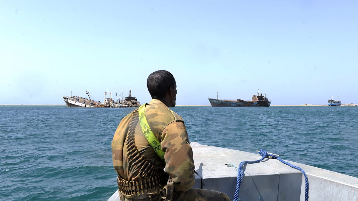 Somalia Pirates Adopt Troubling New Tactics