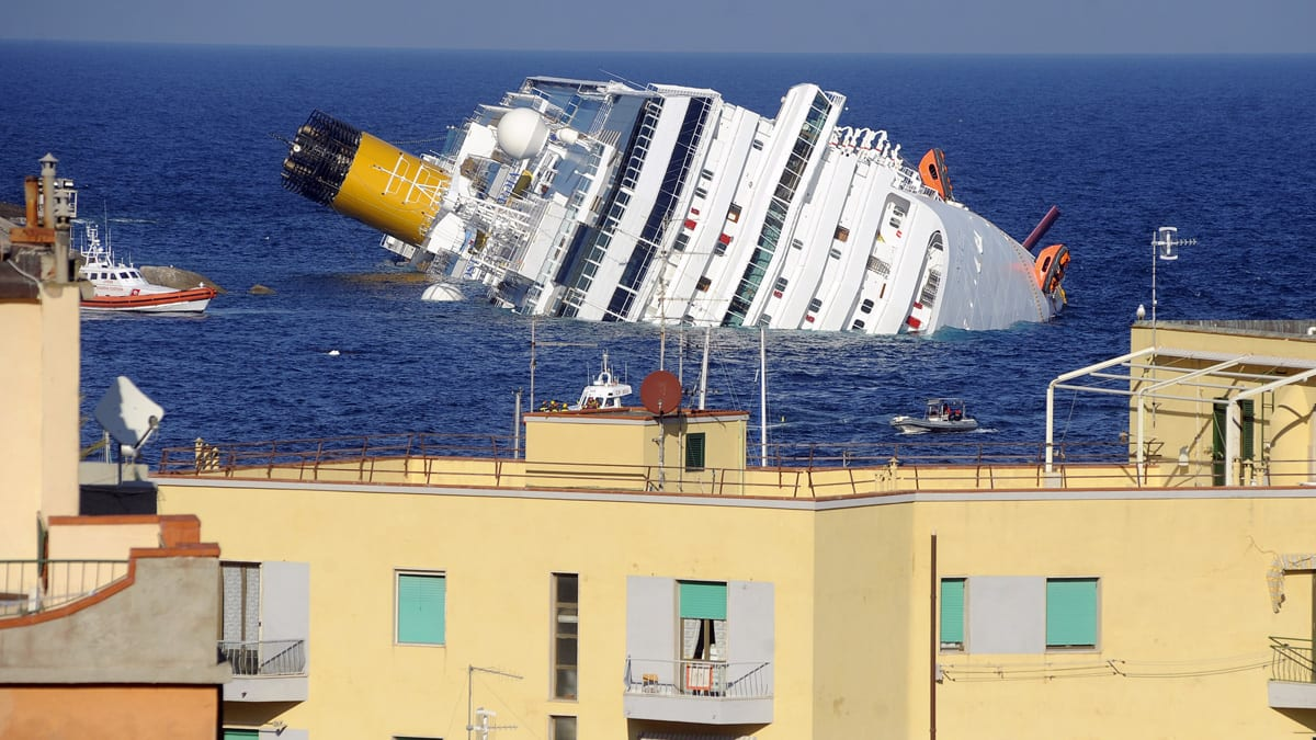 Passenger Survival Stories From Italys Sinking Cruise Ship - Cruise ship stories