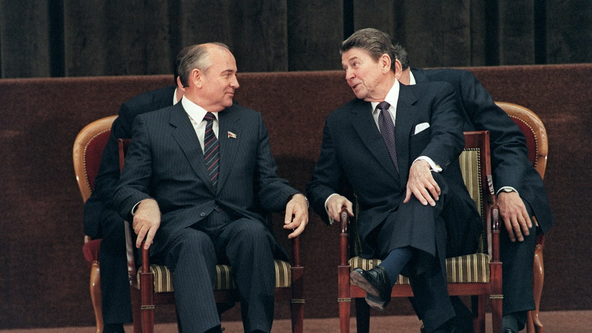 whether president reagan affected culture positively during and after the cold war Whether president reagan affected culture positively during and after the cold war pages 4 words 1,078 view full essay more essays like this: cold war, ronald reagan.