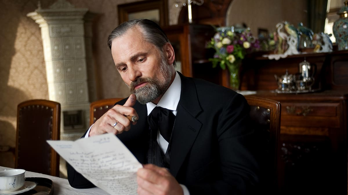 Viggo Mortensen on Playing Freud in 'A Dangerous Method' A Dangerous Method Freud