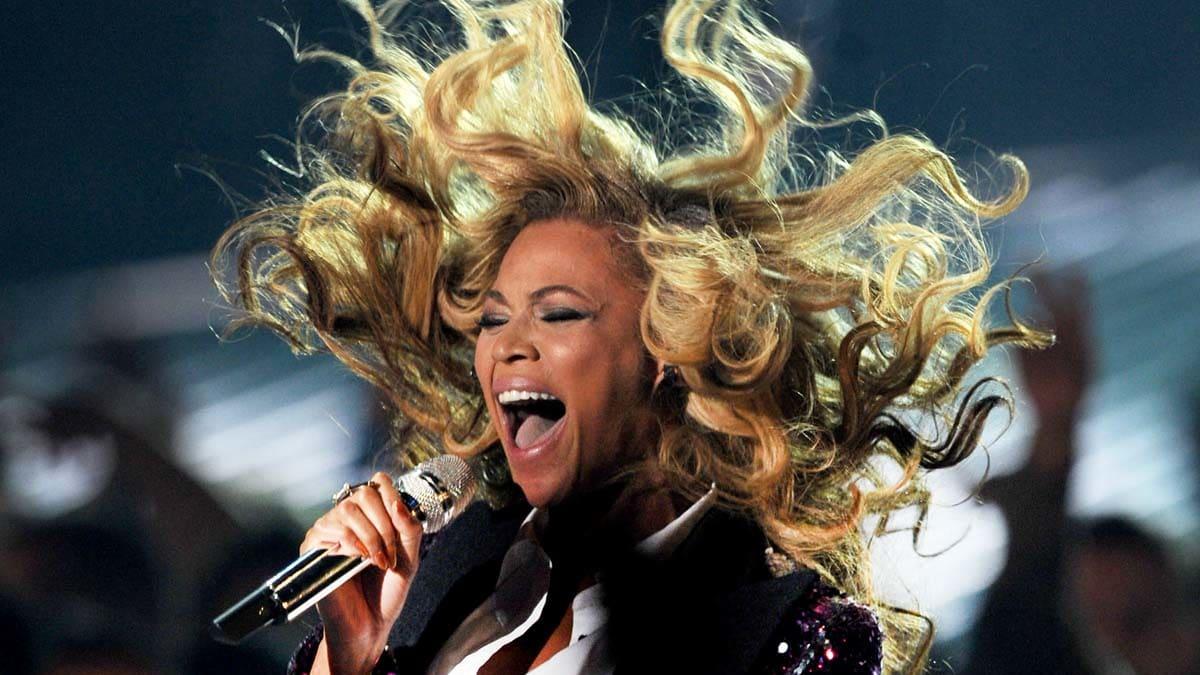 MTV VMAs 2011: Beyonce Baby Bump, Lady Gaga, and More Best Moments