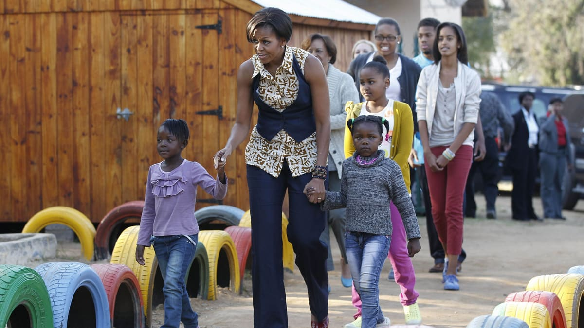 Michelle obama africa pictures