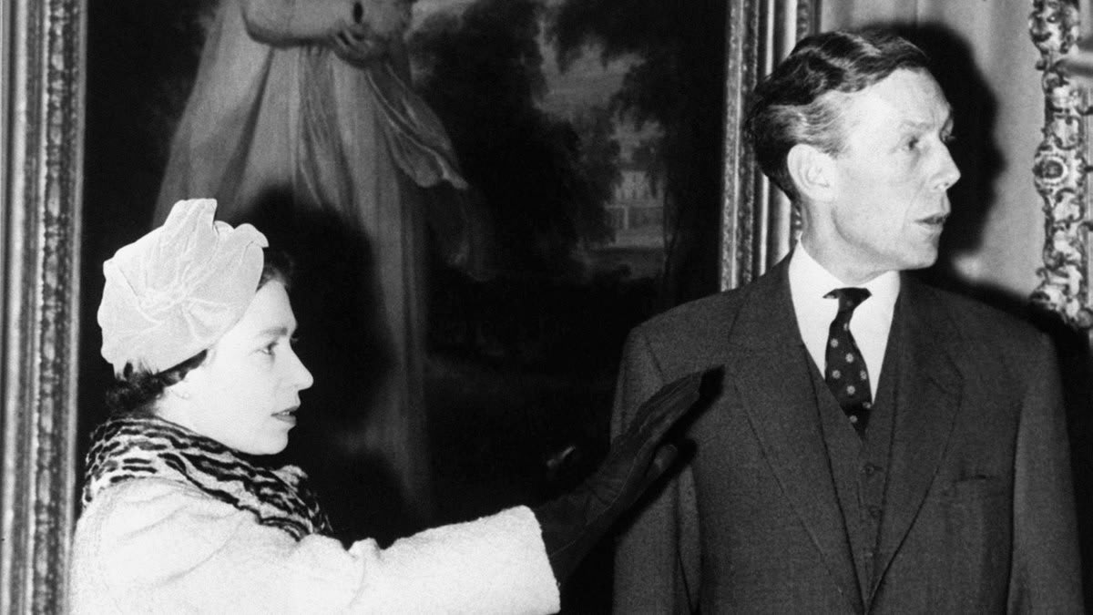 The Queen Gave Cover to Soviet Spy Anthony Blunt at Buckingham Palace. 'The Crown' Will Tell Their Story.