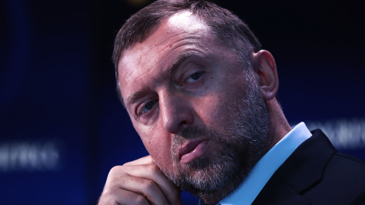 U.S. Readied Sanctions on Russian Oligarch's Associates-Then Mysteriously Backed Off