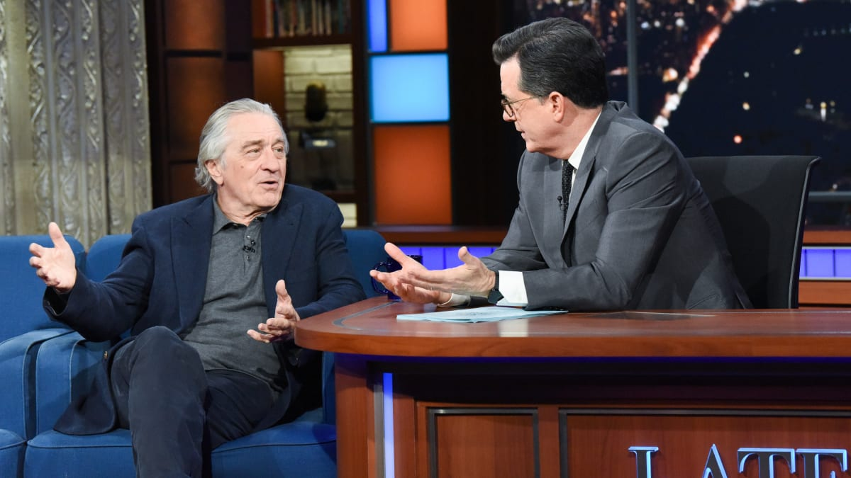 Robert De Niro, SNL's Robert Mueller, Fantasizes to Colbert About Hauling Trump Off to Prison