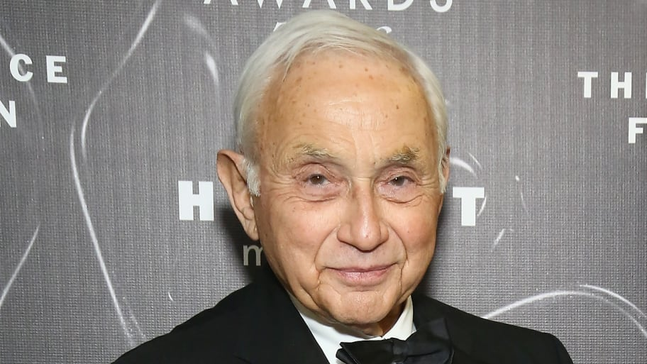 Les Wexner: I'm 'Embarrassed' Jeffrey Epstein Took Advantage of Me