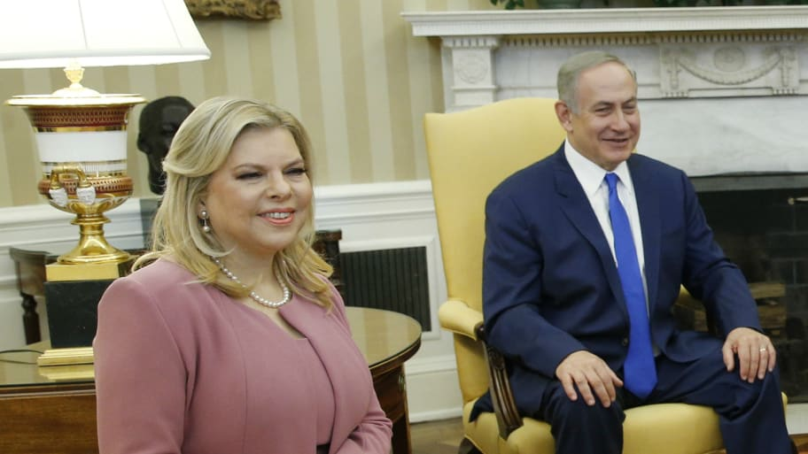 Israeli Prime Minister Netanyahu with wife Sara in Oval Office at the White House