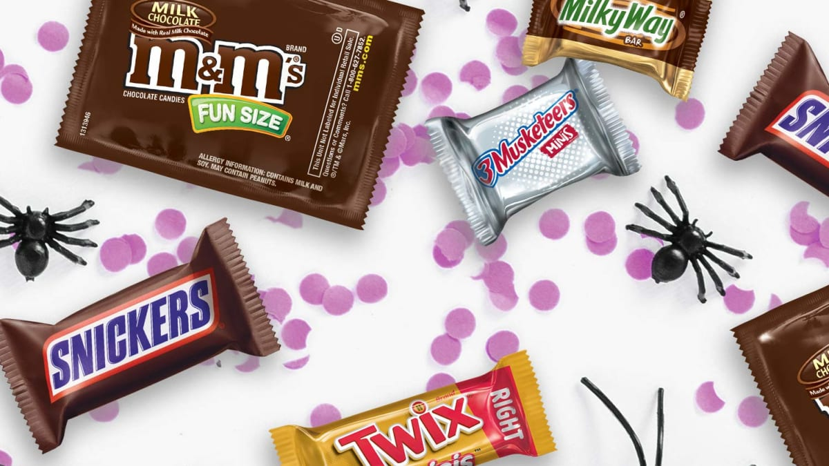 Stock Up On Halloween Candy with these Amazon Discounts