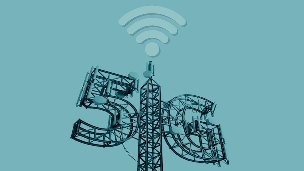 5G Conspiracy Theorists Say Faster Cellphones Will Cook Them Alive