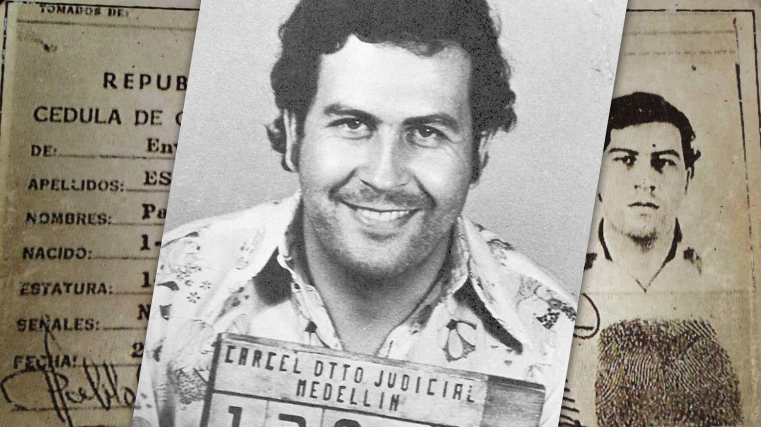 """10 """"Prestasi Mengerikan"""" Pablo Escobar yang dapat memberinya tiket VIP ke Neraka"""