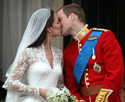 Royal Wedding Kiss.Royal Wedding What Will And Kate S Kiss Says About Their