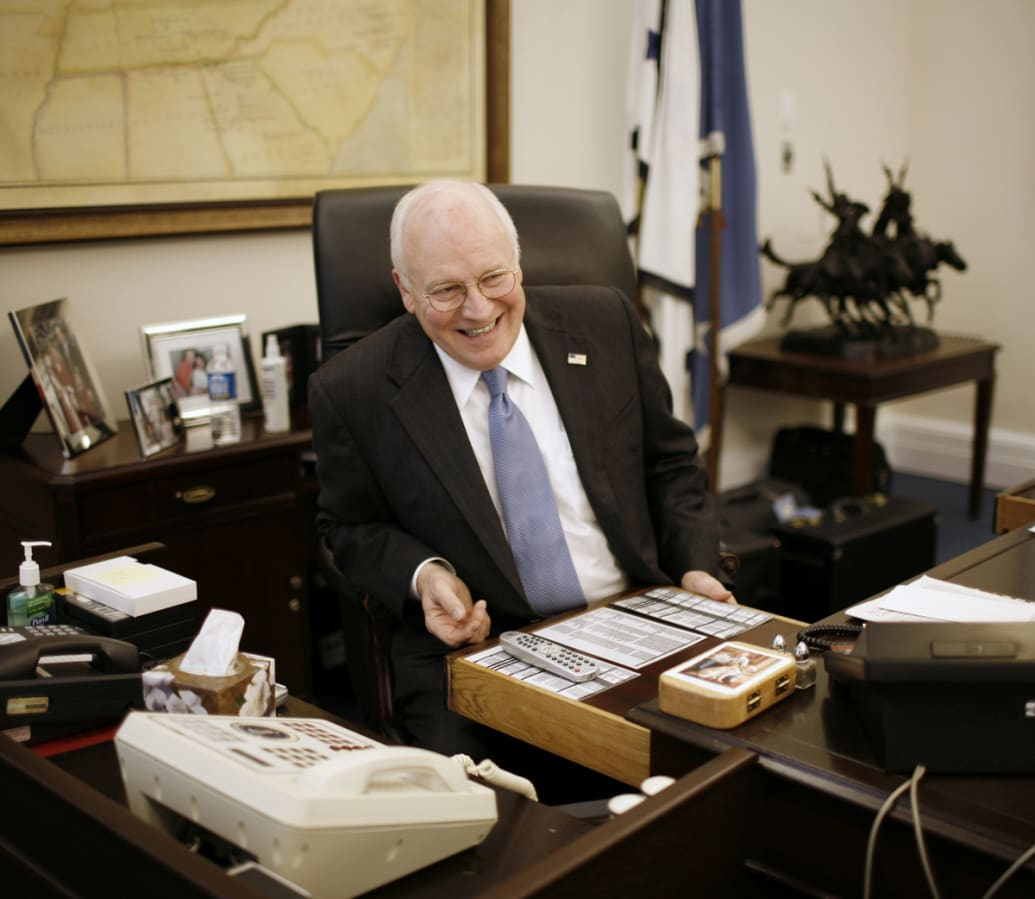 Dick cheney office photo 251