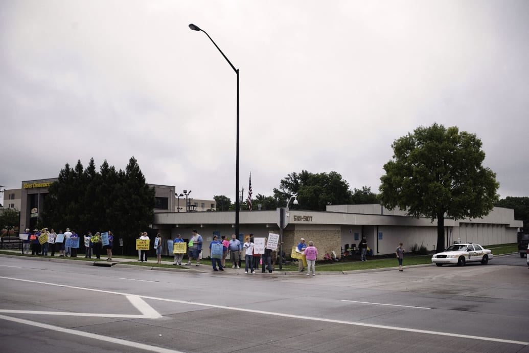 In Wichita The Ground Zero Of The Abortion War A New Clinic Rises