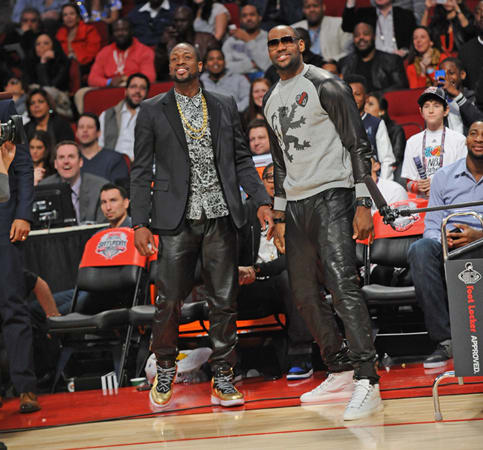 3844b3c38fa689 NBA Players Are Wearing Sweatpants Again