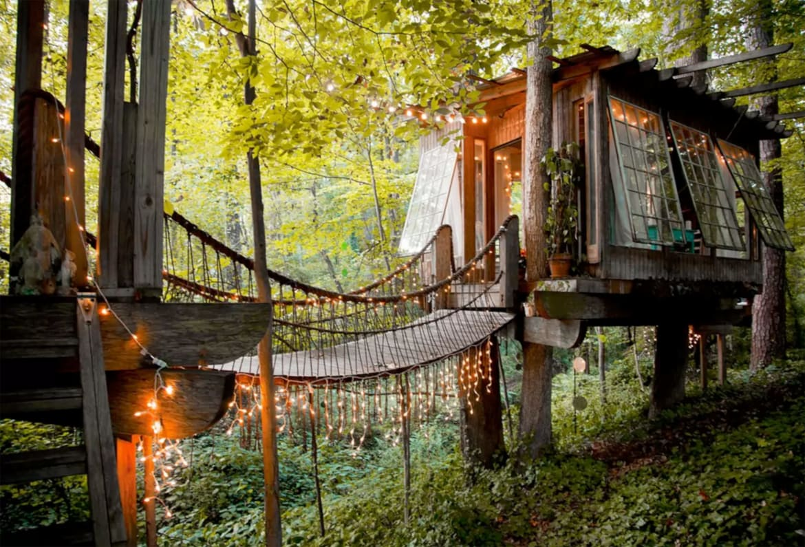 One For Victor - OMG I Want to Rent This House: Georgia Treehouse 190312-mcnearney-omg-i-want-to-rent-this-house-atlanta-treehouse-01_qb4yaj