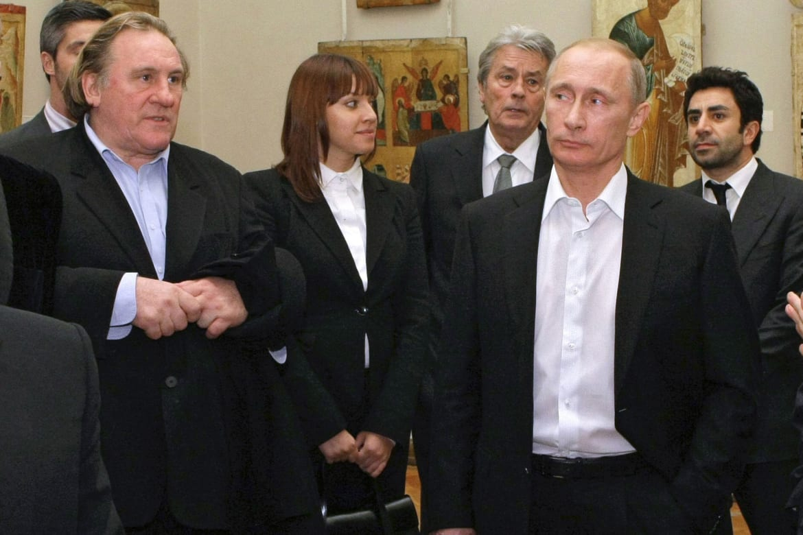 Depardieu became the personification of a citizen of the USSR 04/06/2013 8