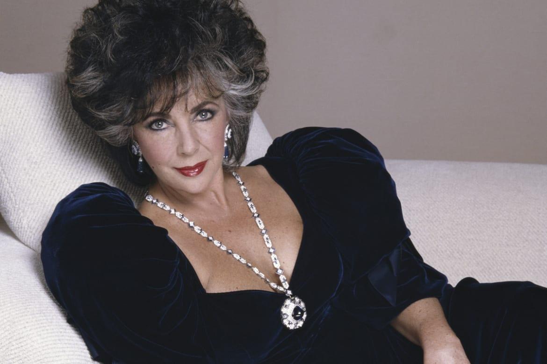 to wear - Taylors elizabeth jewellery auction video